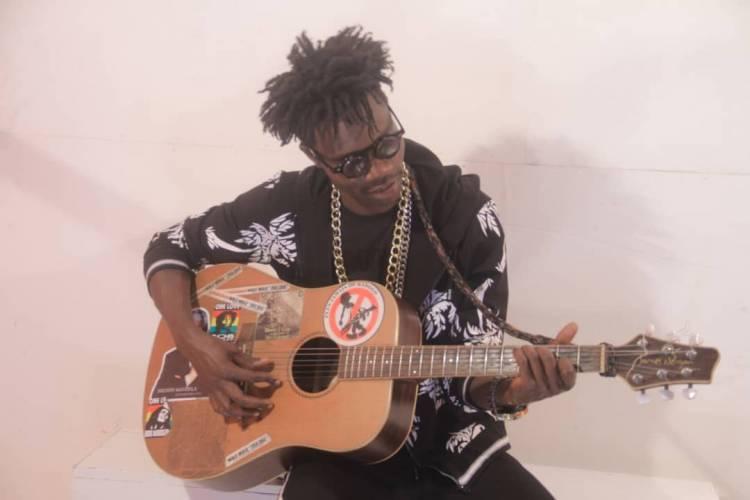 Qui est l'artiste musicien Congolais BarMan ?