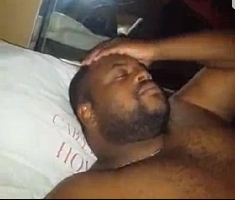 Scandal: Enfin la vidéo de Moïse Mbiye faisant l'amour circule sur des réseaux sociaux !