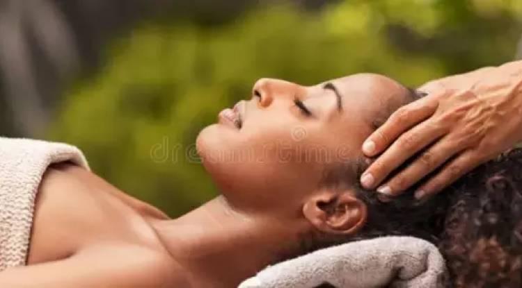 Voici 5 gestes simples et pratiques pour repousser le vieillissement de la peau