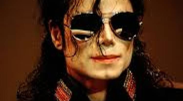 Star au palmarès inégalable, Michael Jackson : 10 ans dans l'au-delà !
