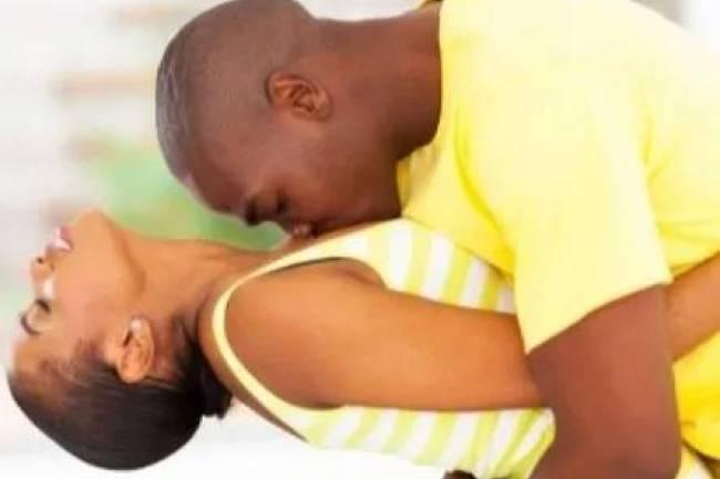 """Complexés par votre """"zizi""""? Découvrez des astuces pour satisfaire votre femme !"""