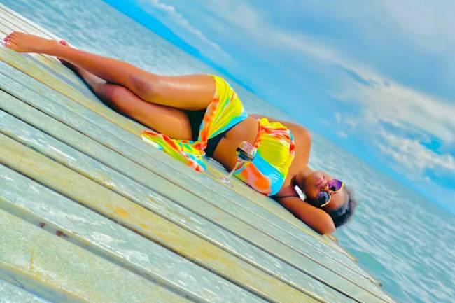Les photos hots de la beauté Congolaise Rosy Black Bashige