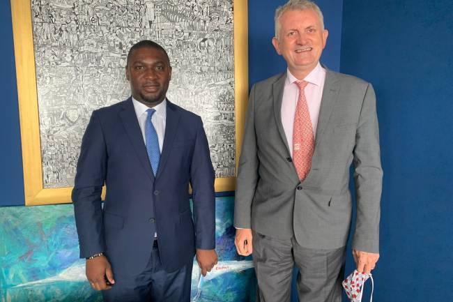 Réhabilitation des routes à Goma: Patrick Munyomo reçu en audience par Jean-Marc Châtaigner