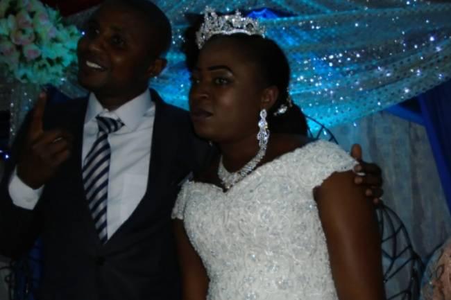 Patient Mobiliki et Marie-claire Bitwayiki oui pour la vie conjugale jusqu'à la fin du temps !