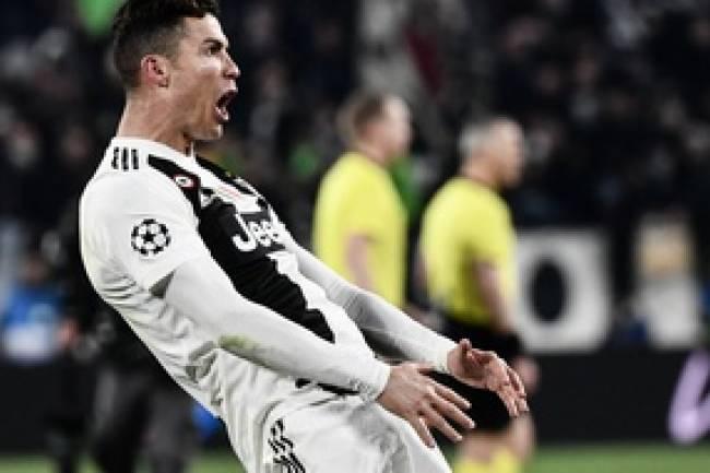 Cristiano Ronaldo élu meilleur joueur de la saison !