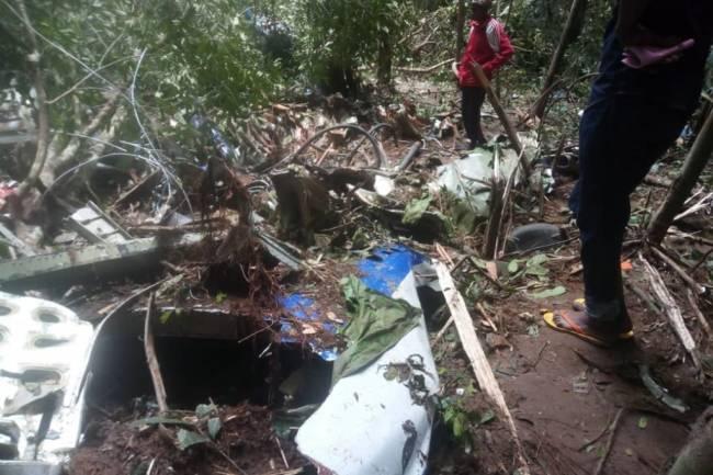 À en déduire les circonstances de ce crash, il saute aux yeux que l'antonov 72 présidentiel de la Rdc aurait été abattu.