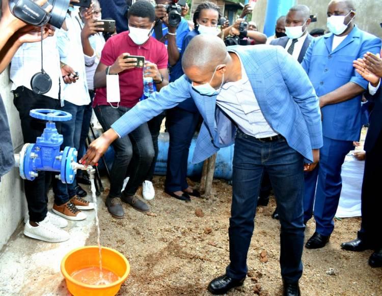 Le Gouvernement Kasivita au travers Mercycorps, répond au problème d'eau potable à Goma et à Nyiragongo !