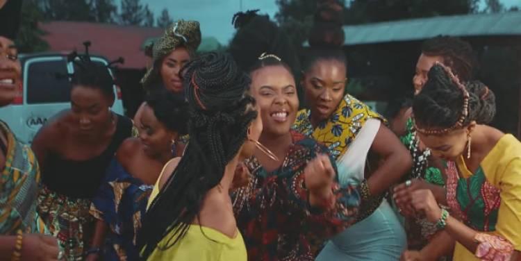 Femme lève-toi : 9 artistes féminines de Goma réunies autour d'une chanson