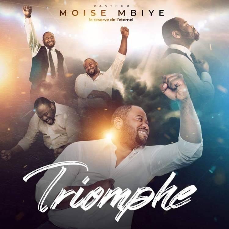 """Le réserve de l'Éternel Moïse Mbiye annonce et prépare """"Triomphe"""""""