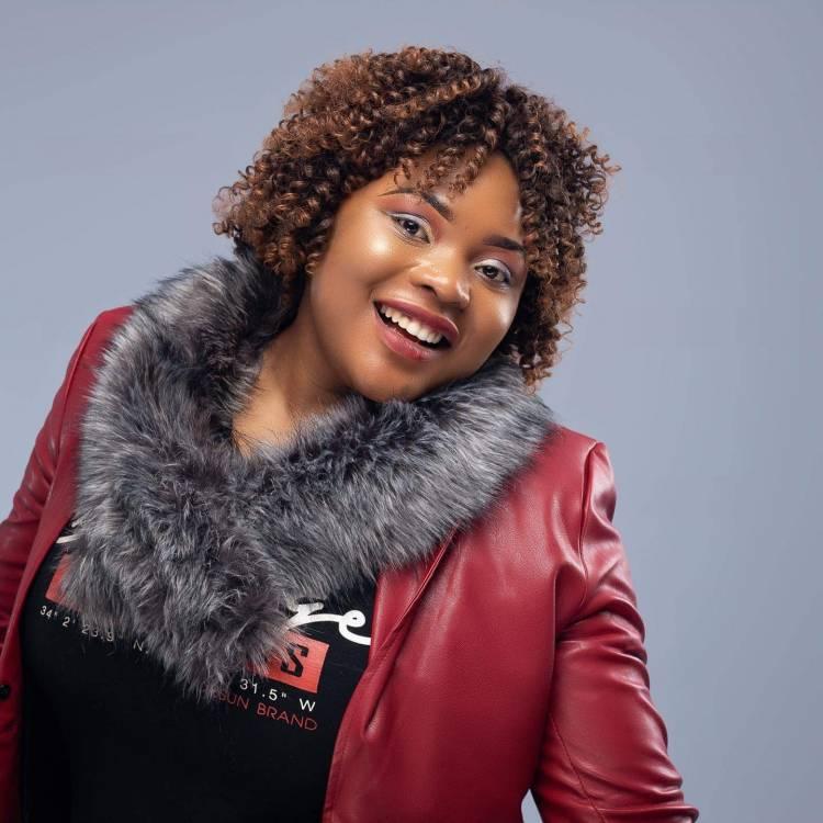 Zoom sur Francine Kaboya Tshatsha la chroniqueuse qui savoure son triomphe !