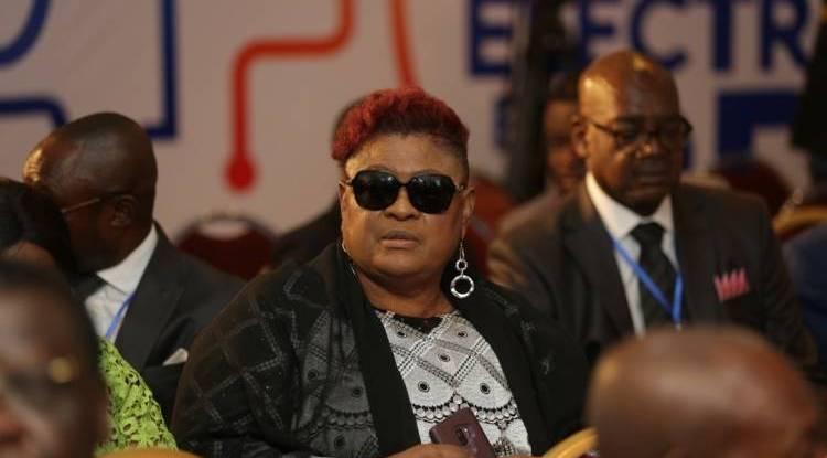 Libérée, Tshala Muana s'excuse avec le nom de MJ30 !