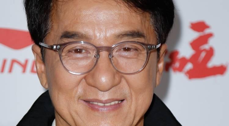 Jackie Chan souffle sur ses 67 bougies