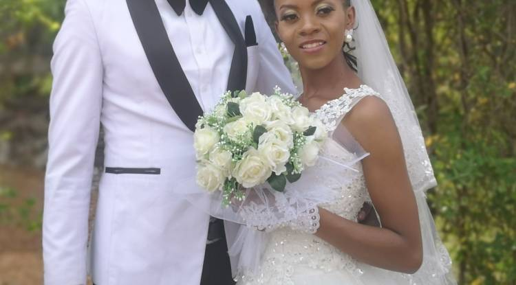 Azga Designer et Yvonne Kalwira se sont enfin mariés !