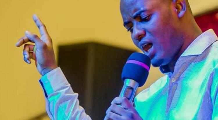 Artiste musicien, chantre professionnel du Gospel congolais, voici le parcours de Jean Mukendi
