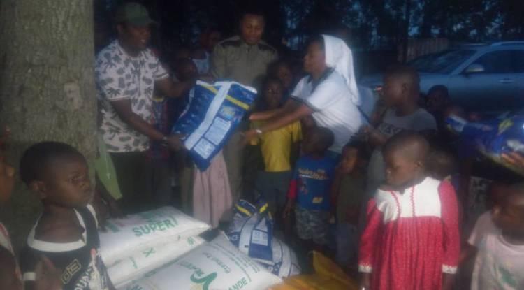 Richard Bongania au chevet des vulnérables à Don Bosco Ngangi.
