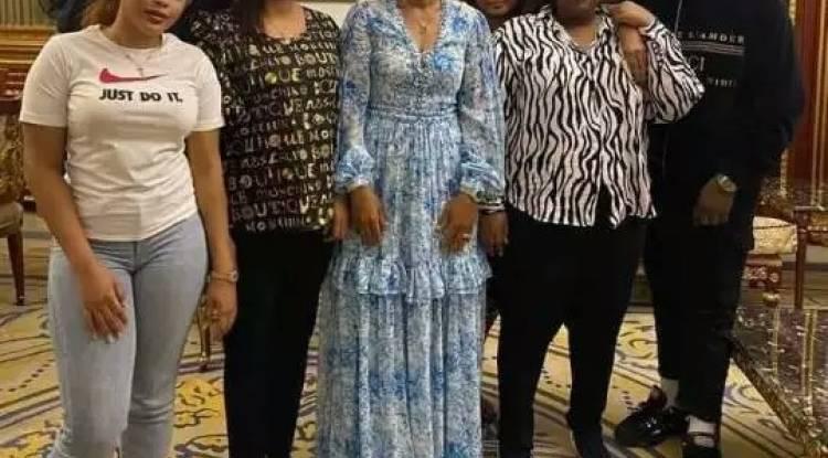 Des images de la femme de Kamerhe et de celle de Kabila font du buzz sur la toile