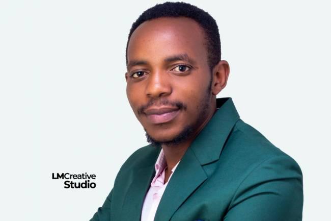 Coup d'œil sur l'animateur culturel Congolais Alex Kizito