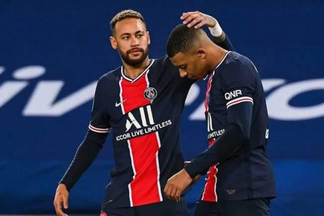"""Enragé, Mbappé traite Neymar de """"clochard""""?!"""