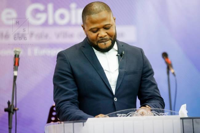 Moïse Mbiye endeuillé : Pitshou Mbiye est mort du Coronavirus à Paris