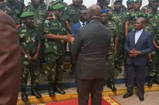 Félix Tshisekedi envoie 20 généraux à la retraite par une Ordonnance-Loi